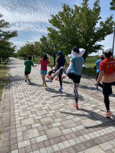 神戸マラソン「レディスランニングクリニック」の参加者の様子です。